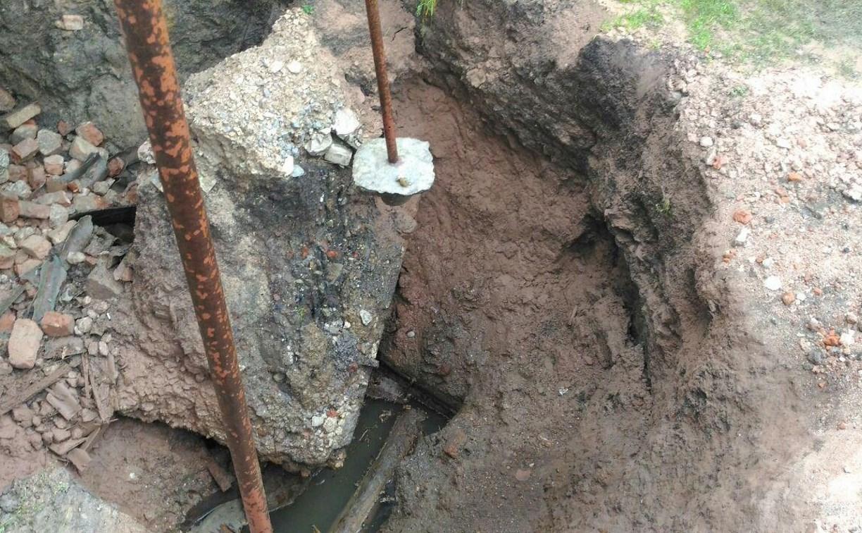 Провал шурфа шахты у частного дома в Туле продолжает расширяться