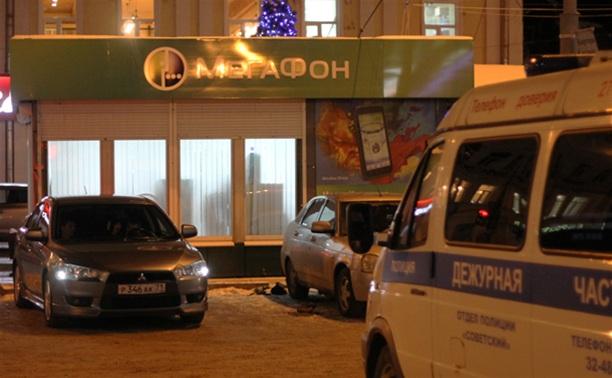 В Туле ограбили салон сотовой связи