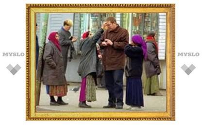 На тульских рынках орудуют цыганки-карманницы