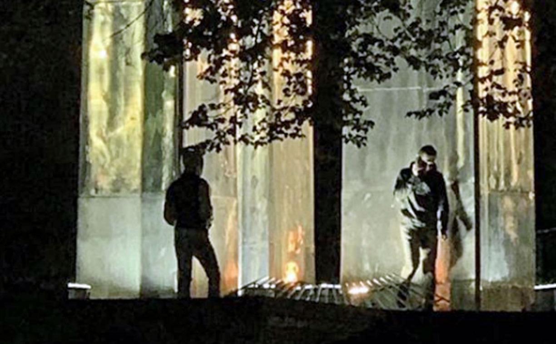 Полиция выясняет, что делали с кальяном двое туляков у Вечного огня