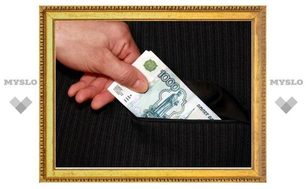 В Туле сотрудник УФСКН воровал деньги «информаторов»