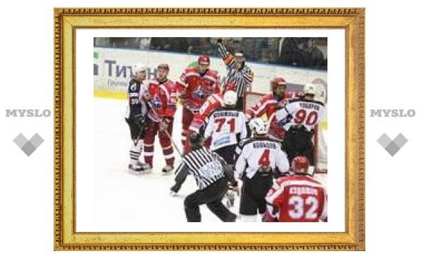 В чемпионате России по хоккею определились три полуфиналиста