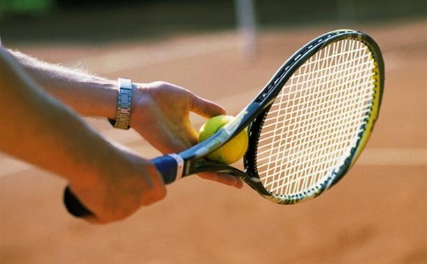 Тульский теннисист в Финляндии уступил хозяину корта
