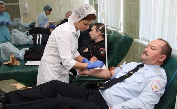 Тульские полицейские приняли участие в акции «Я — донор»