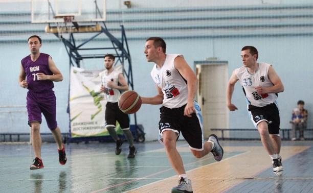 Определились финалисты баскетбольного весеннего Кубка