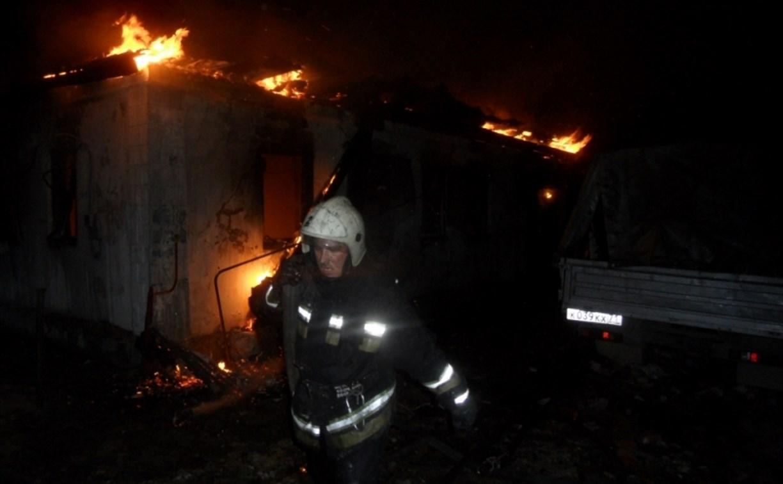 На пожаре под Тулой пострадал человек