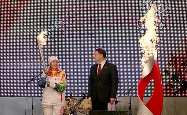 Эстафета олимпийского огня в Туле: празднования на площади Ленина