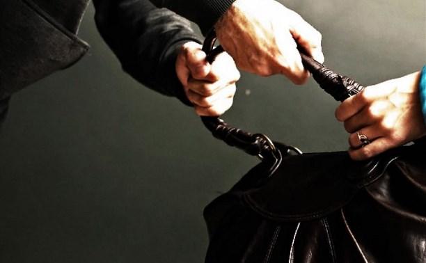 В Туле 22-летний парень ограбил пенсионерку
