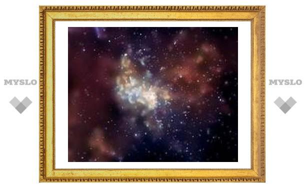Астрономы взвесили черную дыру в центре Млечного Пути