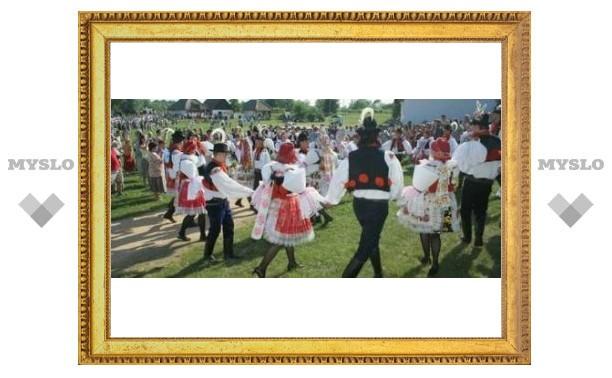 Под Тулой стартовал фольклорный фестиваль