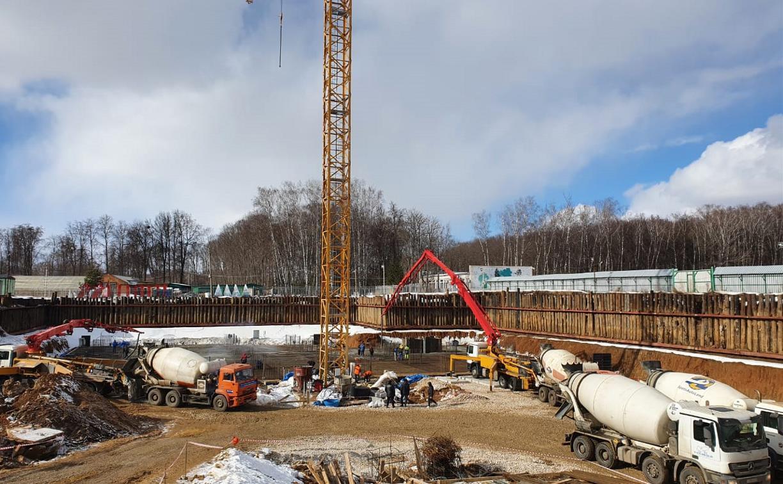 В Туле залили бетонное основание для строительства аквапарка