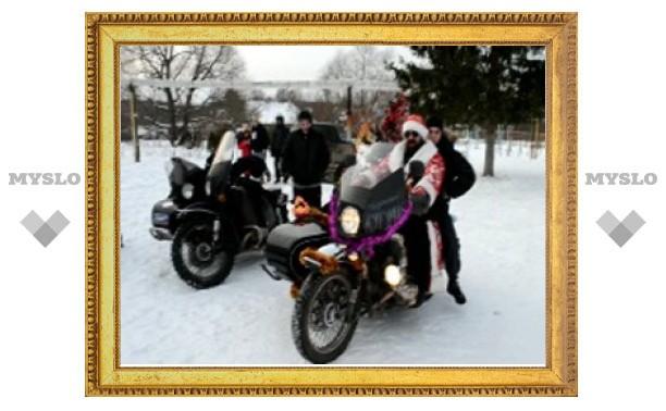 Под Тулой появился Дед Мороз на мотоцикле