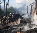 В тульской деревне сгорели дом, пристройка и мини-экскаватор
