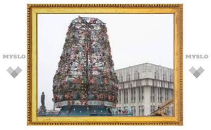 Новый год в Туле весит 41 тонну