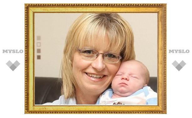 Двойная стерилизация не помешала британке родить сына