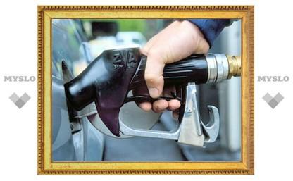 Минэнерго объявило о заморозке цен на бензин и электричество