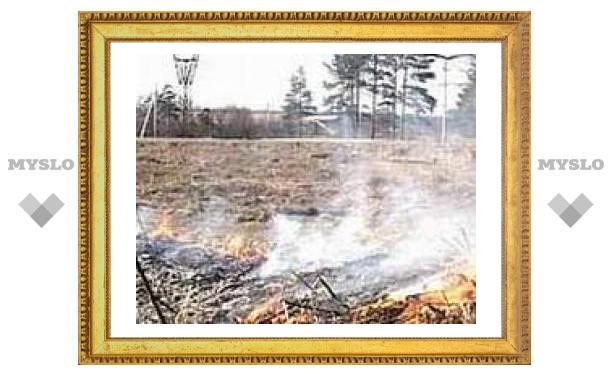Трава под Тулой горит вместе с дачами и гаражами!