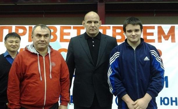 Новомосковский борец стал бронзовым призером первенства страны