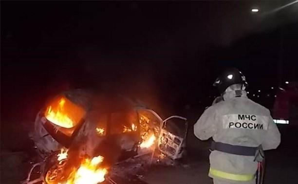 На трассе «Тула-Новомосковск» «Мицубиси» загорелся в результате ДТП