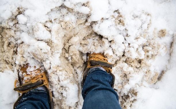 Туляки жалуются на неубранный снег на кладбищах