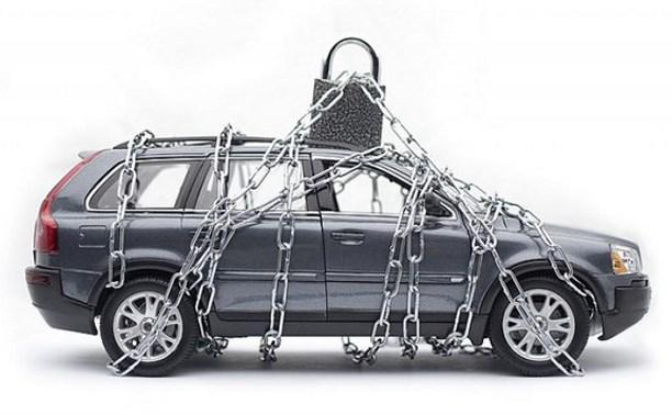 Автоледи погасила кредиты из-за страха стать пешеходом