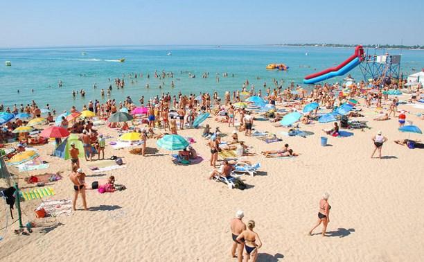 Рекордное за 16 лет число россиян отказалось от летнего отдыха