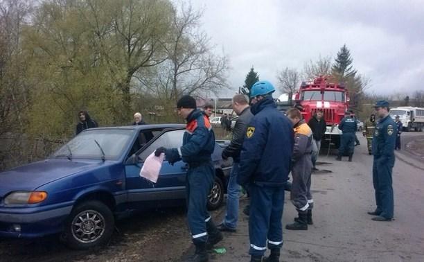 В Киреевском районе в утонувшей в пруду «Ладе» обнаружили труп водителя