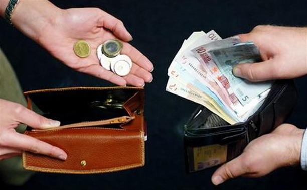 Тульские чиновники получают в два раза больше, чем жители