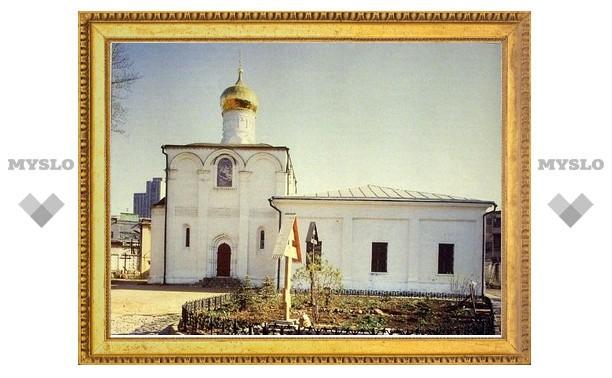 В праздник Рождества Богородицы Патриарх Кирилл служил в одном из древнейших храмов Москвы