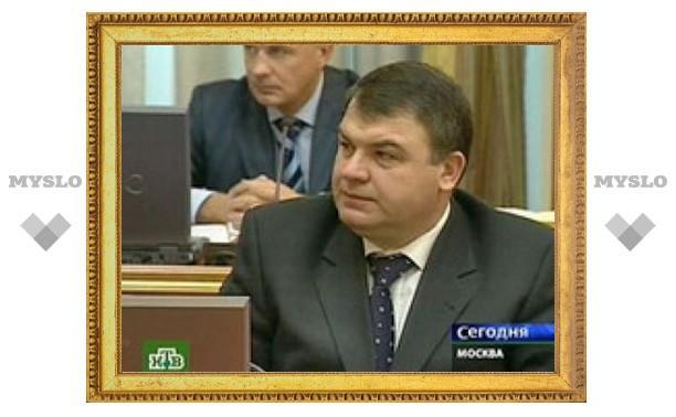 Министр обороны Сердюков может уйти в отставку