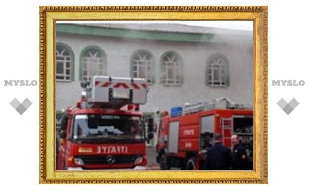 В Стамбуле подожжены четыре мечети