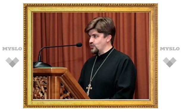 """""""Единая Россия"""" осудила привлечение церкви к предвыборной агитации"""