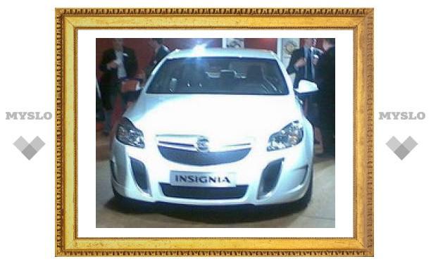 Появилась первая фотография Opel Insignia