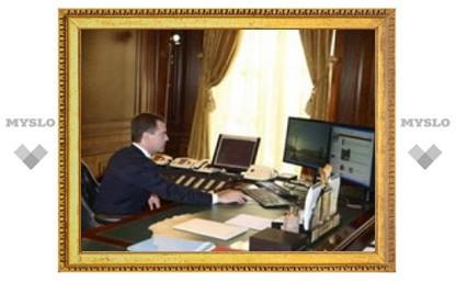 Медведеву предложили упразднить госкорпорации