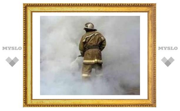 Дети-сироты могут погибнуть на пожаре