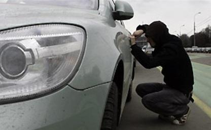 В Щекинском районе четверо подростков угнали автомобиль и украли из него магнитолу