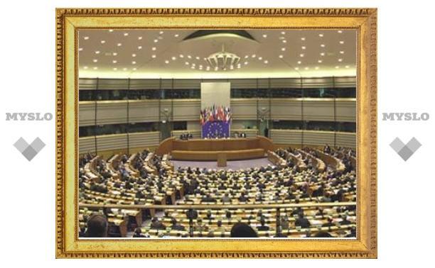 Единоросов возмутила резолюция Европарламента о выборах в России