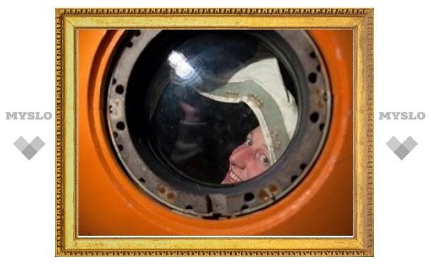 """Отобраны участники 520-дневного """"полета"""" на Марс"""