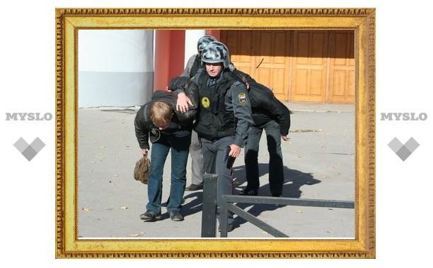 В Туле поймали «школьных воров»