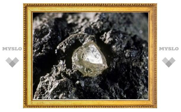"""Геологи объяснили механизм """"алмазных"""" извержений"""