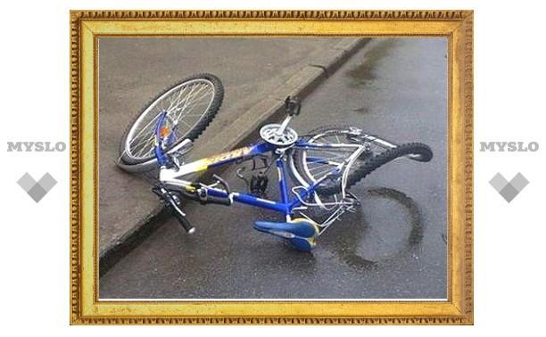 В Туле иномарка сбила двух велосипедистов