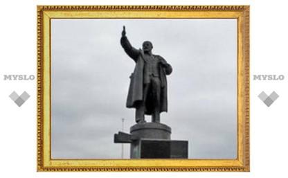 В Санкт-Петербурге взорвали памятник Ленину