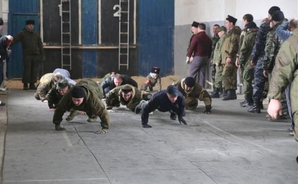 Сотрудники МЧС провели тренировку для тульских казаков