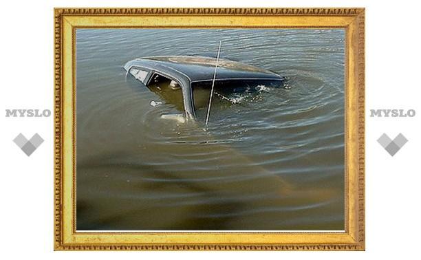 Тульский водитель утопил пассажиров