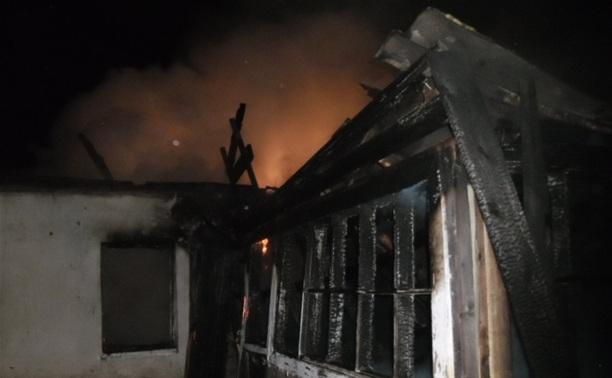 По неизвестной причине в Щекино загорелся частный дом