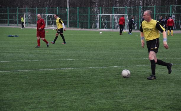 Футболисты из Ленинского стали чемпионами области среди ветеранов