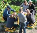 В Туле детскую площадку захватили алкаши