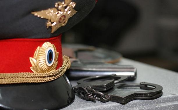 Житель Щекино покусал полицейского