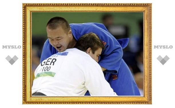 Узбекского дзюдоиста отстранили от Олимпиады за употребление марихуаны