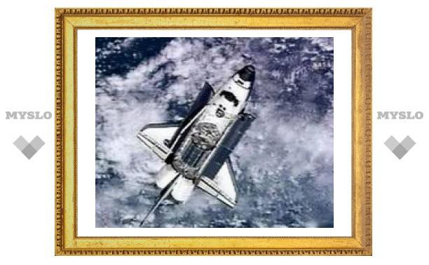 Шаттл Atlantis пострадал при взлете